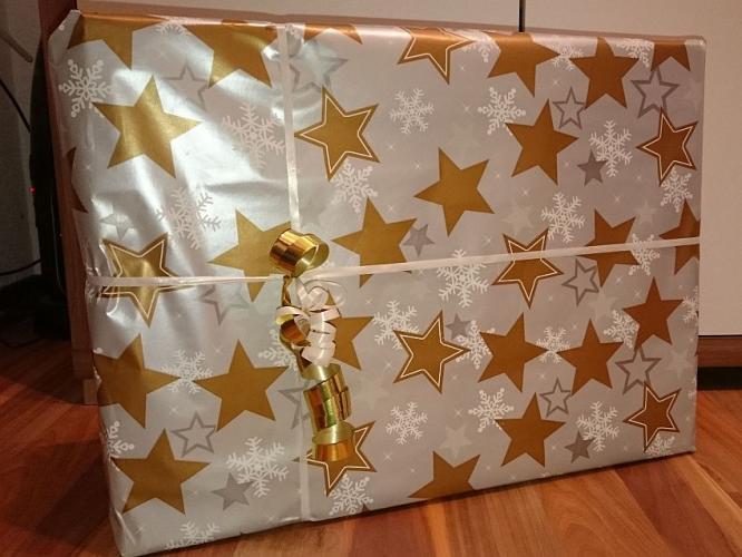 weihnachtsgeschenk1.jpg